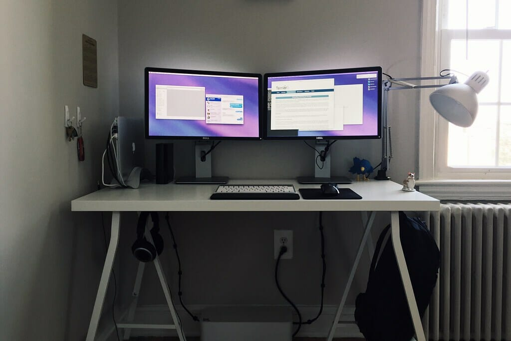using the 2nd monitor