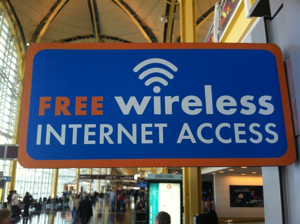 Free Public Internet sign